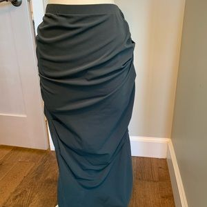 Donna Karan iconic couture line stretch wool skirt